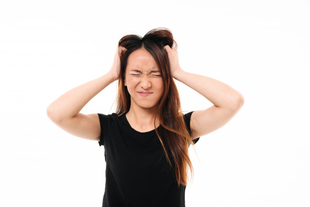 Tips To Dandruff Free Hair And Itchy Scalp